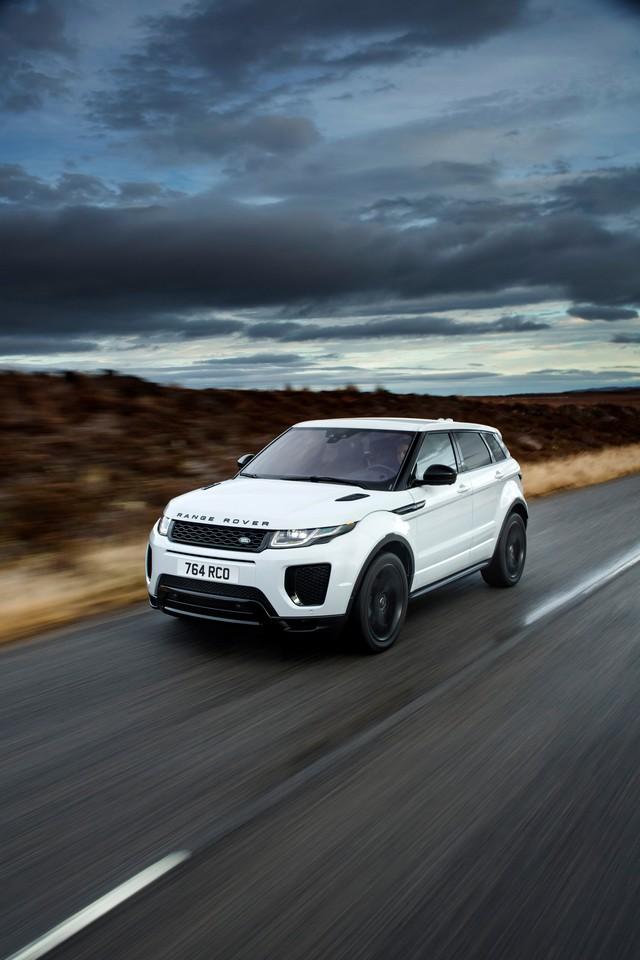 Les Land Rover Discovery Sport Et Range Rover Evoque Encore Plus Performants Grâce Aux Technologies Des Nouveaux Moteurs Ingenium 760753rrevq18my290psingeniumpetrol24051703
