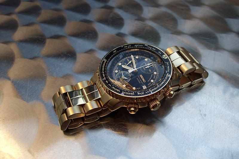 Avis pour un futur achat de montre ... 76192436139