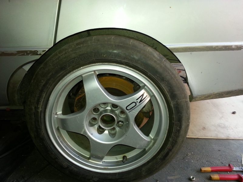 Mimich et sa R9 Turbo (du moins ce qu'il en reste) 76250520120808192438