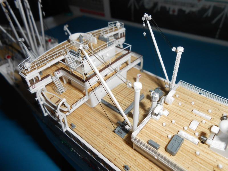 Hikawa Maru hopital 1/350 PE/pont en bois et babioles  - Page 6 763939DSCN5964