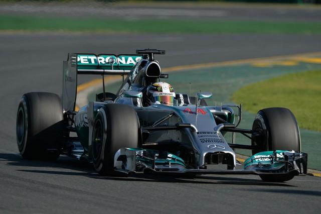 F1 GP d'Australie 2014 : (essais libres-1-2-3-Qualifications) 7647152014vendrediLewisHamilton