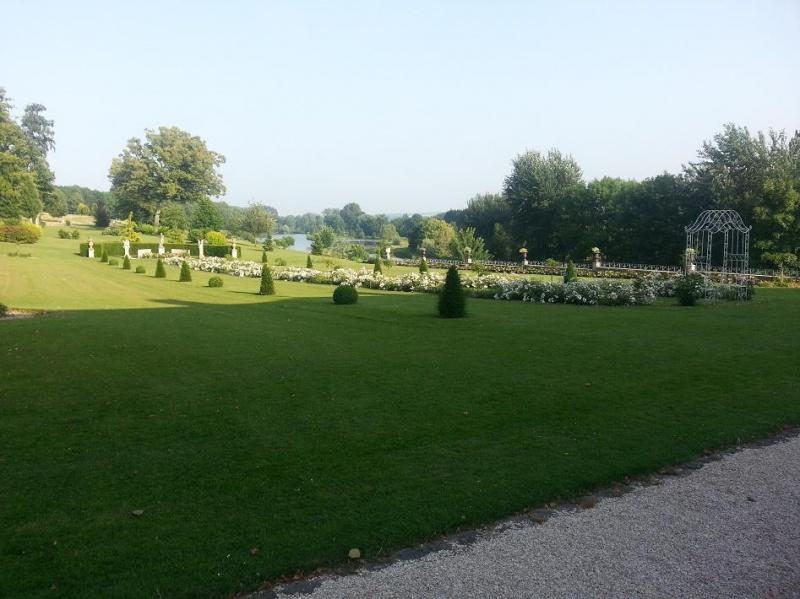 visitez le chateau de Long (basse vallée de Somme) 765832Long2