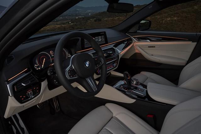 La nouvelle BMW Série 5 Berline. Plus légère, plus dynamique, plus sobre et entièrement interconnectée 766784P90237280highResthenewbmw5series