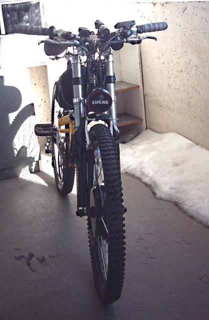 HOOLIGAN..Pas un (( GRAND )) vélo.....MAIS !!! - Page 5 7700885130