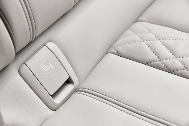 La nouvelle BMW Série 5 Berline. Plus légère, plus dynamique, plus sobre et entièrement interconnectée 770721P90237276highResthenewbmw5series