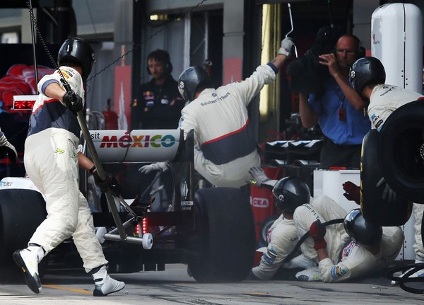 F1 GP de Grande Bretagne 2012 : Victoire Mark Webber  7724922012KamuiKobayashi