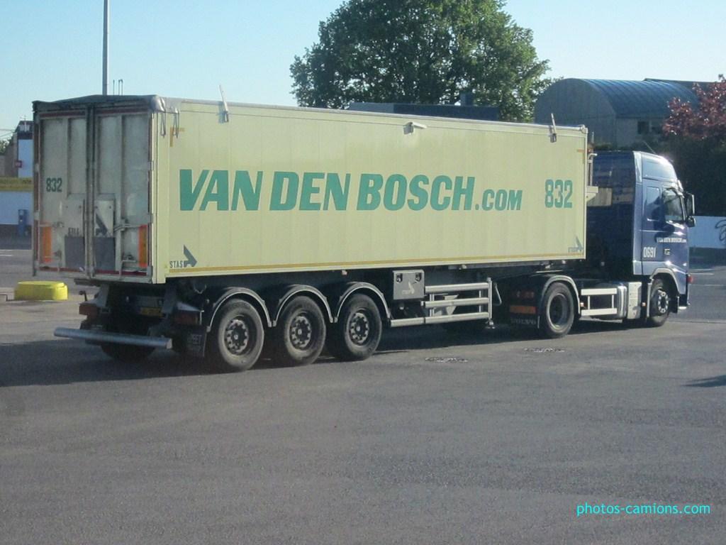Van Den Bosch (Erp) 775519photoscamions18Mai21Copier