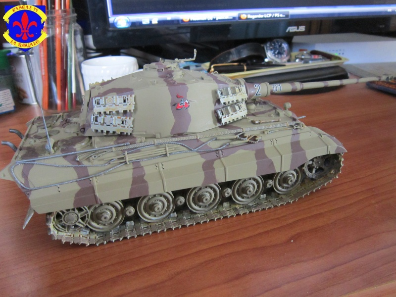 Sd.Kfz.182 King Tiger à tourelle Henschel de Dragon au 1/35e par pascal 94 775986IMG1280L