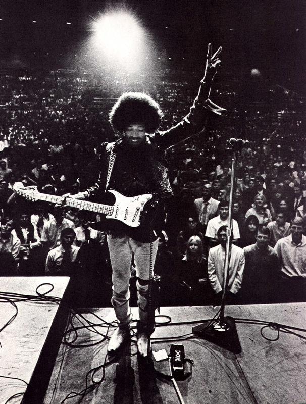 Bakersfield (Civic Auditorium) : 26 octobre 1968  778141avisualexperience59bz2