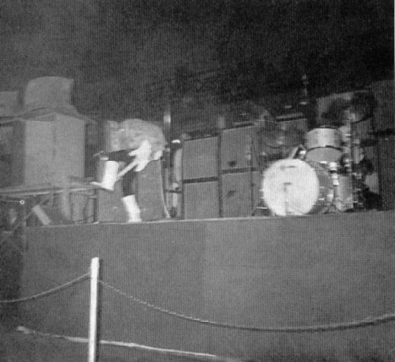 Chicago (Coliseum) : 1er décembre 1968 77945519681201Chicago01