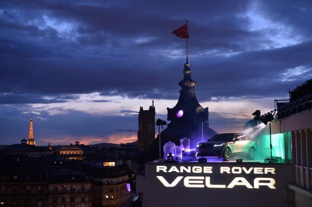 Le Range Rover Velar s'est dévoilé sur les toits de Paris 781076corpo0077