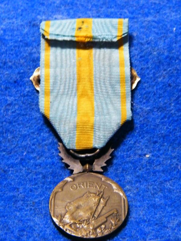 medaille d'orient avec son agrafe 782058011