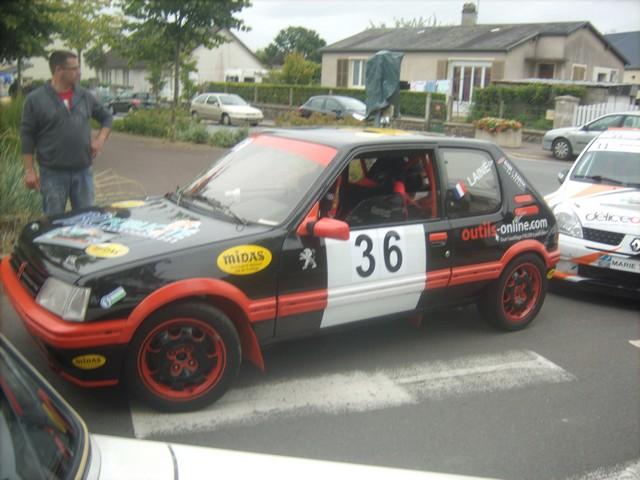 31è Rallye Tessy sur Vire Gouvets 2012 (vérifications techniques)  782411Sep01811