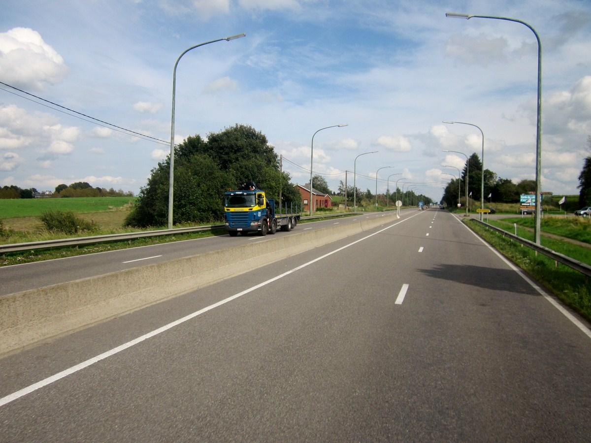 Divers Belgique - Page 6 785294photoscamions24VIII201255Copier