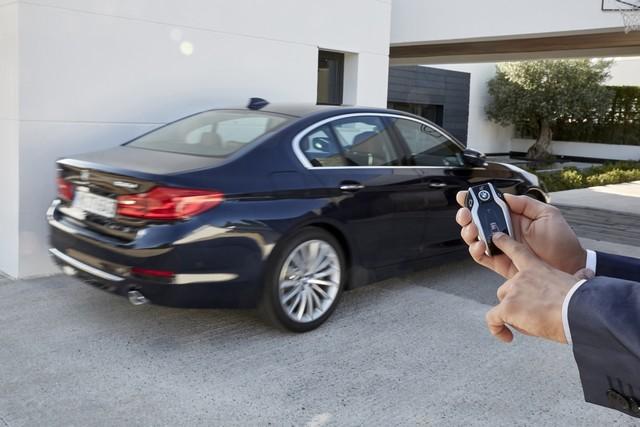 La nouvelle BMW Série 5 Berline. Plus légère, plus dynamique, plus sobre et entièrement interconnectée 786641P90237282highResthenewbmw5series