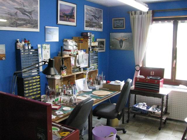 Mon atelier....et ma nouvelle cabine de peinture! 788328IMG9758