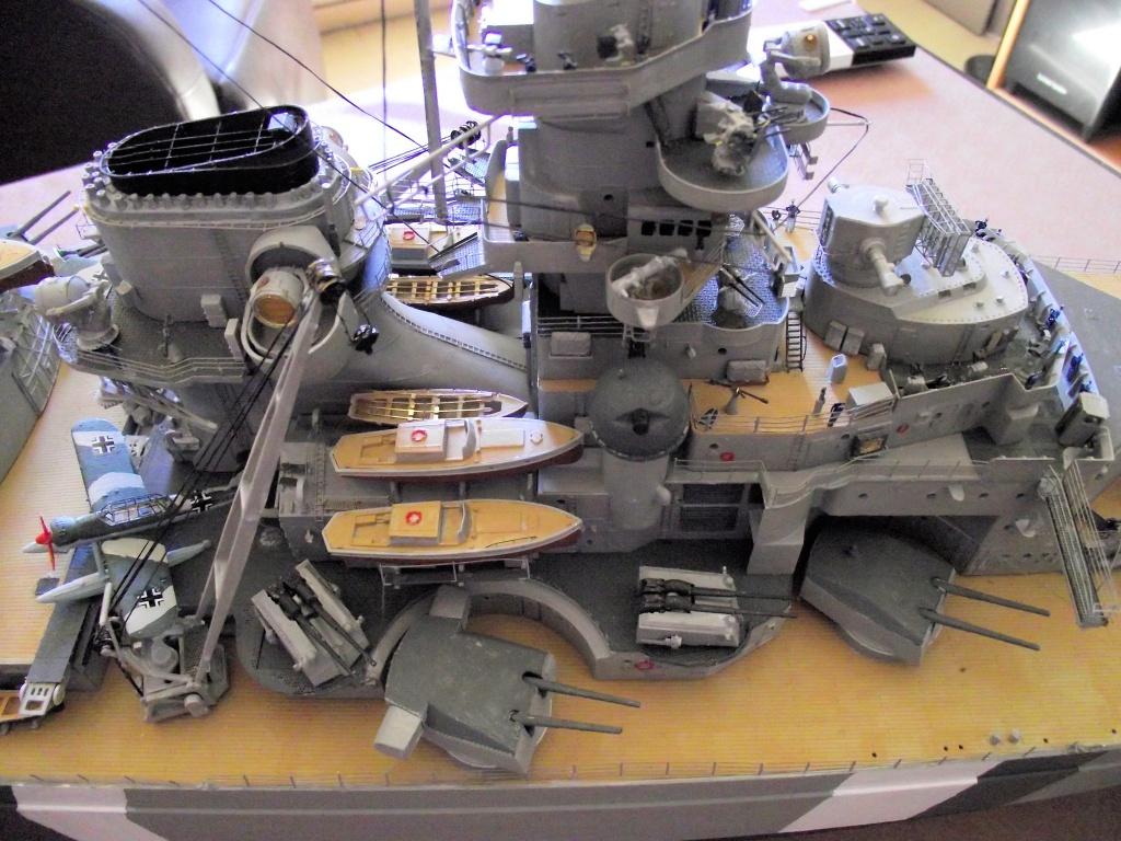 Bismarck Trumpeter 1x200 avec PE et figurines Eduard 788536BismarckTrumpeter1x20020