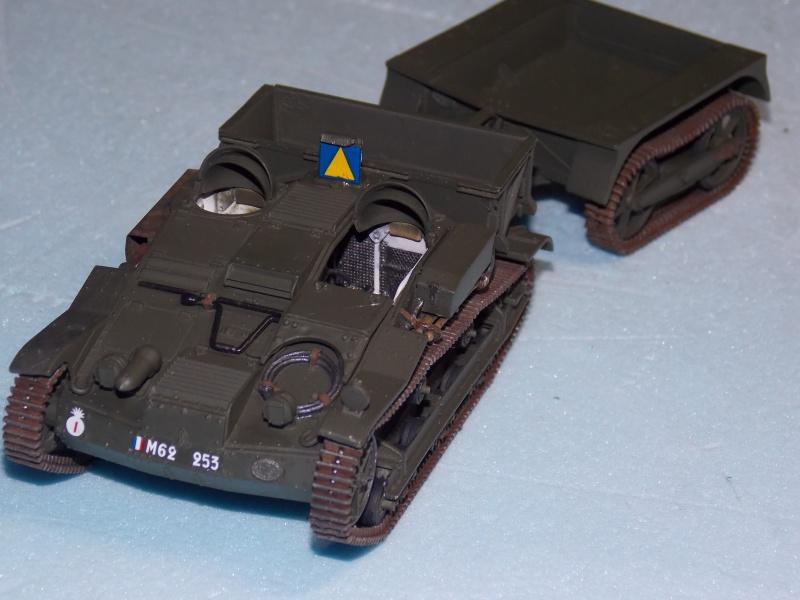 Chenillette Renault UE  et char Somua S35 TAMIYA 1/35  - Page 5 788850DSCN3986