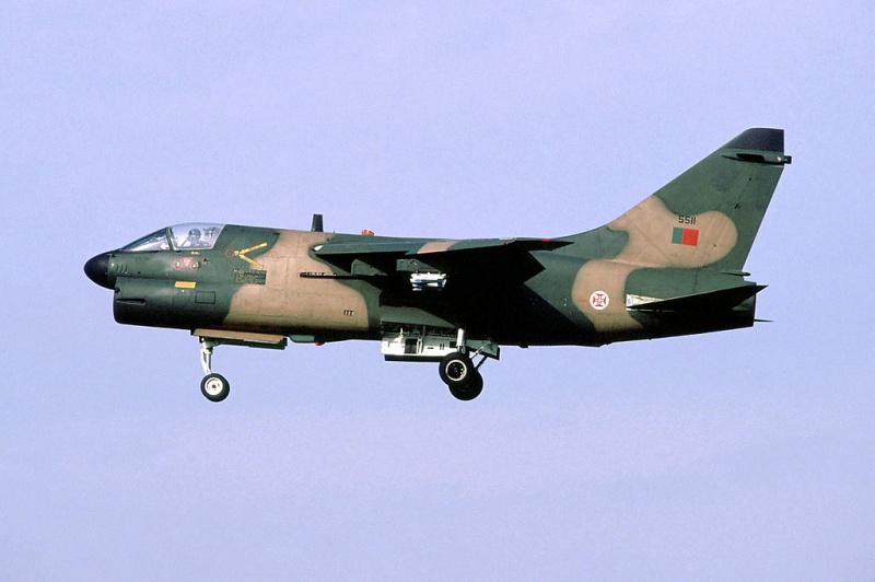 LTV A-7 Corsair II [NOUVELLE VERSION] 789976LTVA7PCorsairIIPortugueseAirForce