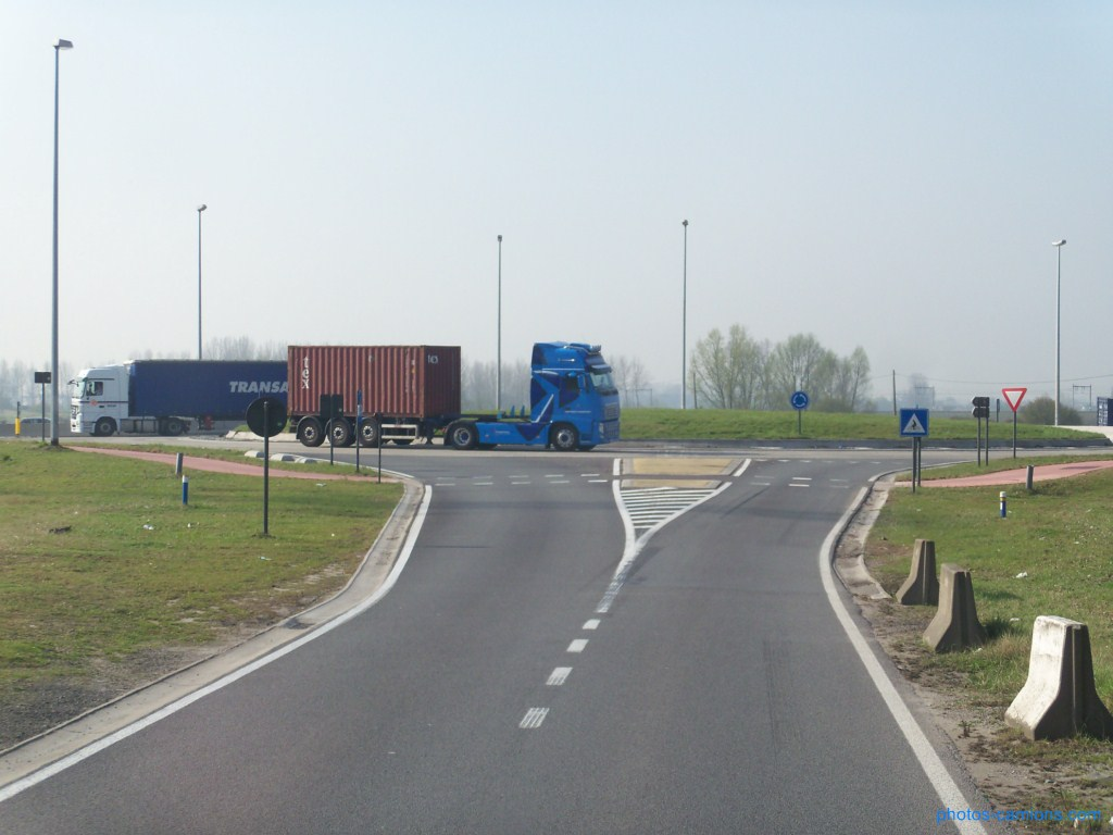Van Moer Transport  (Zwijndrecht) - Page 2 790585photoscamions30mars201218Copier