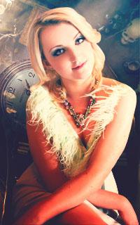 Evanna Lynch avatars 200x320 pixels   790658December3