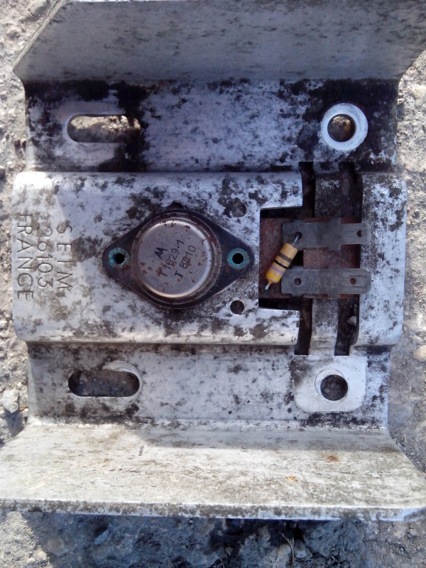 Problème ventilateur de chauffage. ( Résolu ) 793307IMG20140331180942