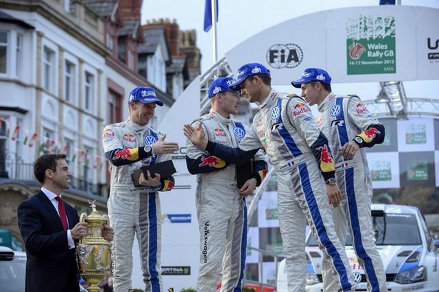 WRC Rallye de Grande-Bretagne 2013: (Jour 4) Victoire Sébastien Ogier  7955662013RallyedeGBIngrassiaOgier1