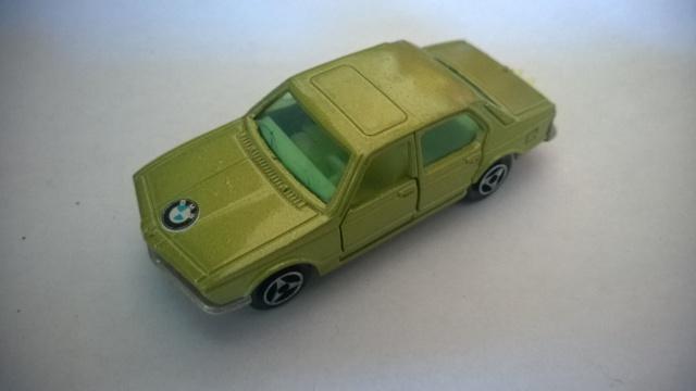 N°256 BMW 733  795796WP20150518097