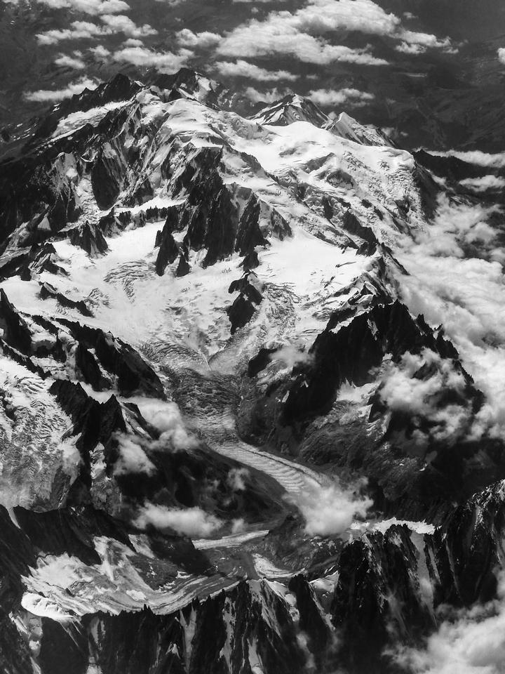 le Mont Blanc en Blanc et Noir ... 798368P132004712