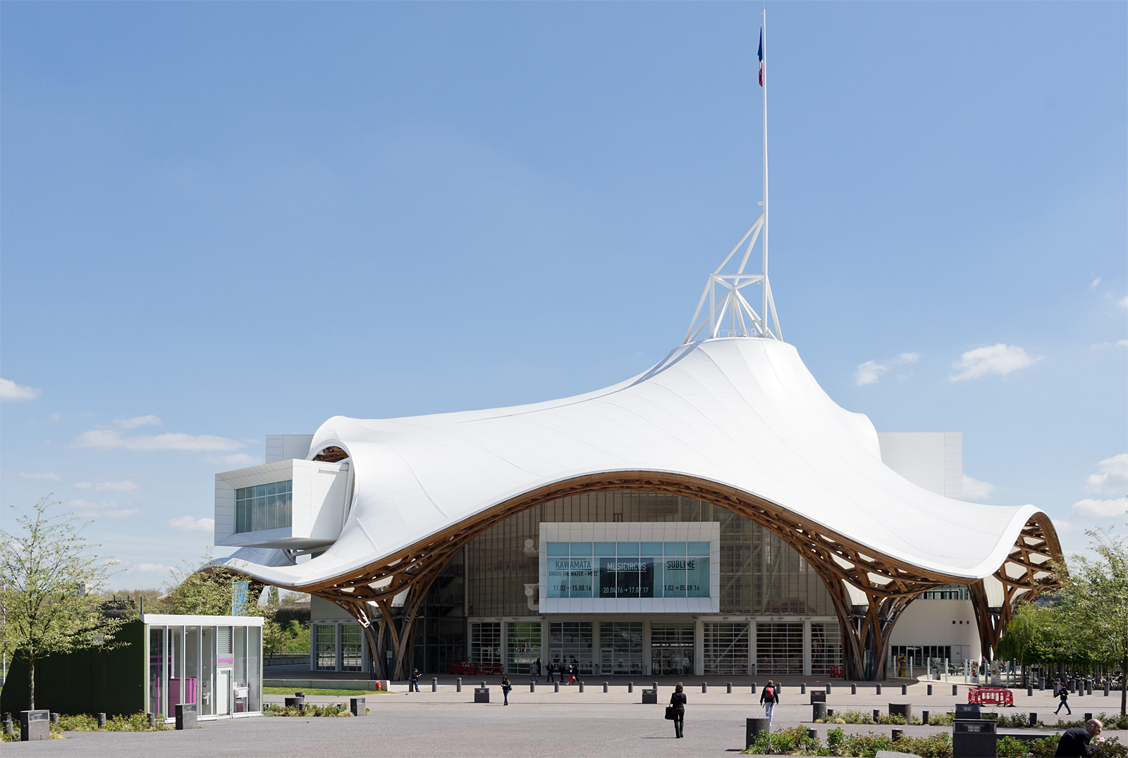 Metz, ma ville d'adoption. 798404pompidou