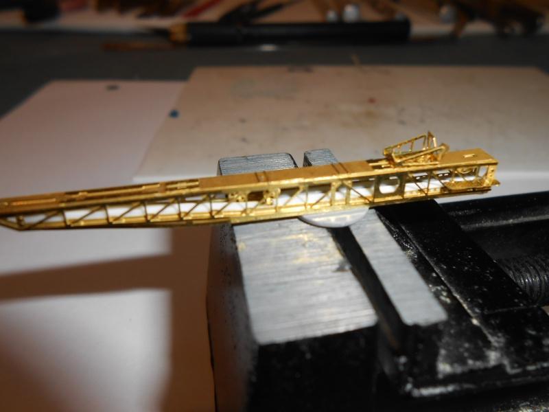 NAGATO Hasegawa 1/350- PE- Ponts en bois - Page 4 799750DSCN6848