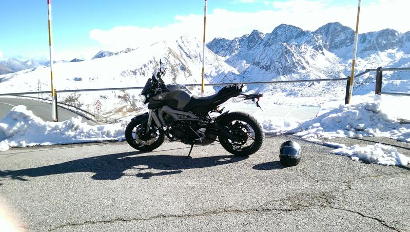 Photos de toutes les Yamaha MT-09 du forum ! :) 800072YKrisalis