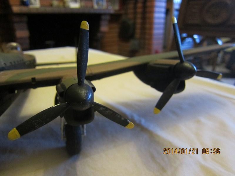 Avro Lancaster BI/BIII de Tamiya au 48 801888IMG1418Copier