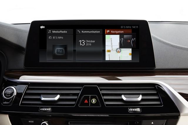 La nouvelle BMW Série 5 Berline. Plus légère, plus dynamique, plus sobre et entièrement interconnectée 803293P90237255highResthenewbmw5series