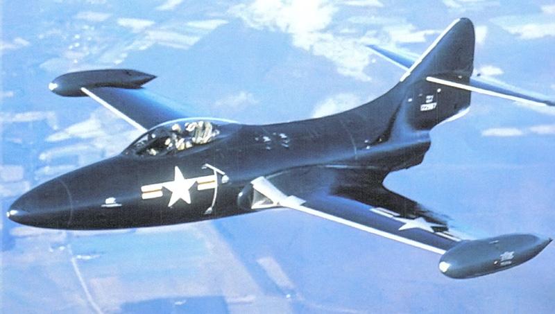 VOUGHT F-8 CRUSADER  807341GrummanF9FPanther
