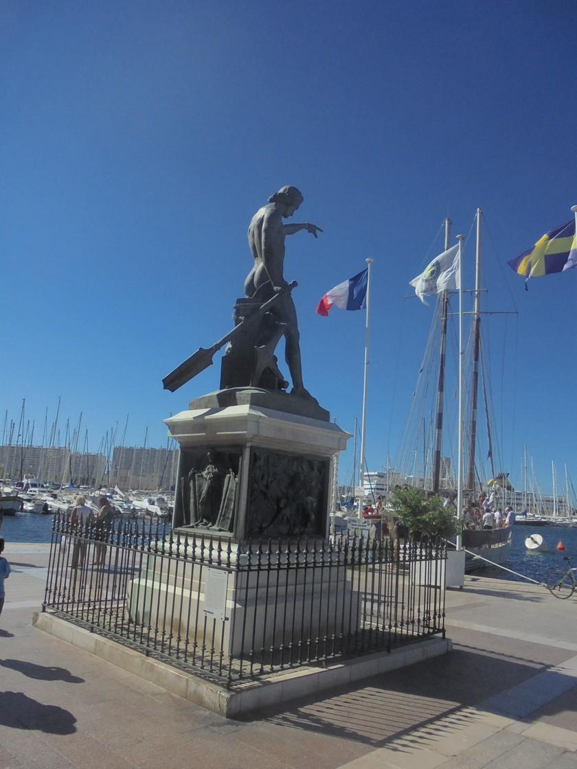 [Les Ports Militaires de Métropole] Visite de la rade de Toulon - Page 14 809679DSC03767