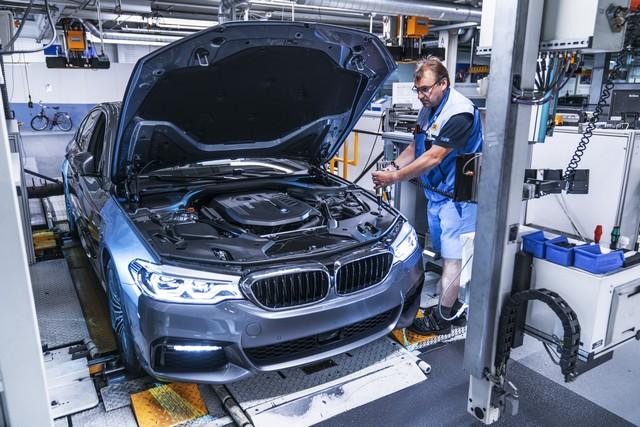 La nouvelle BMW Série 5 Berline. Plus légère, plus dynamique, plus sobre et entièrement interconnectée 810426P90237954highResbmwgroupdingolfing