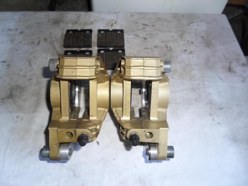 étriers de frein 813014SAM6447