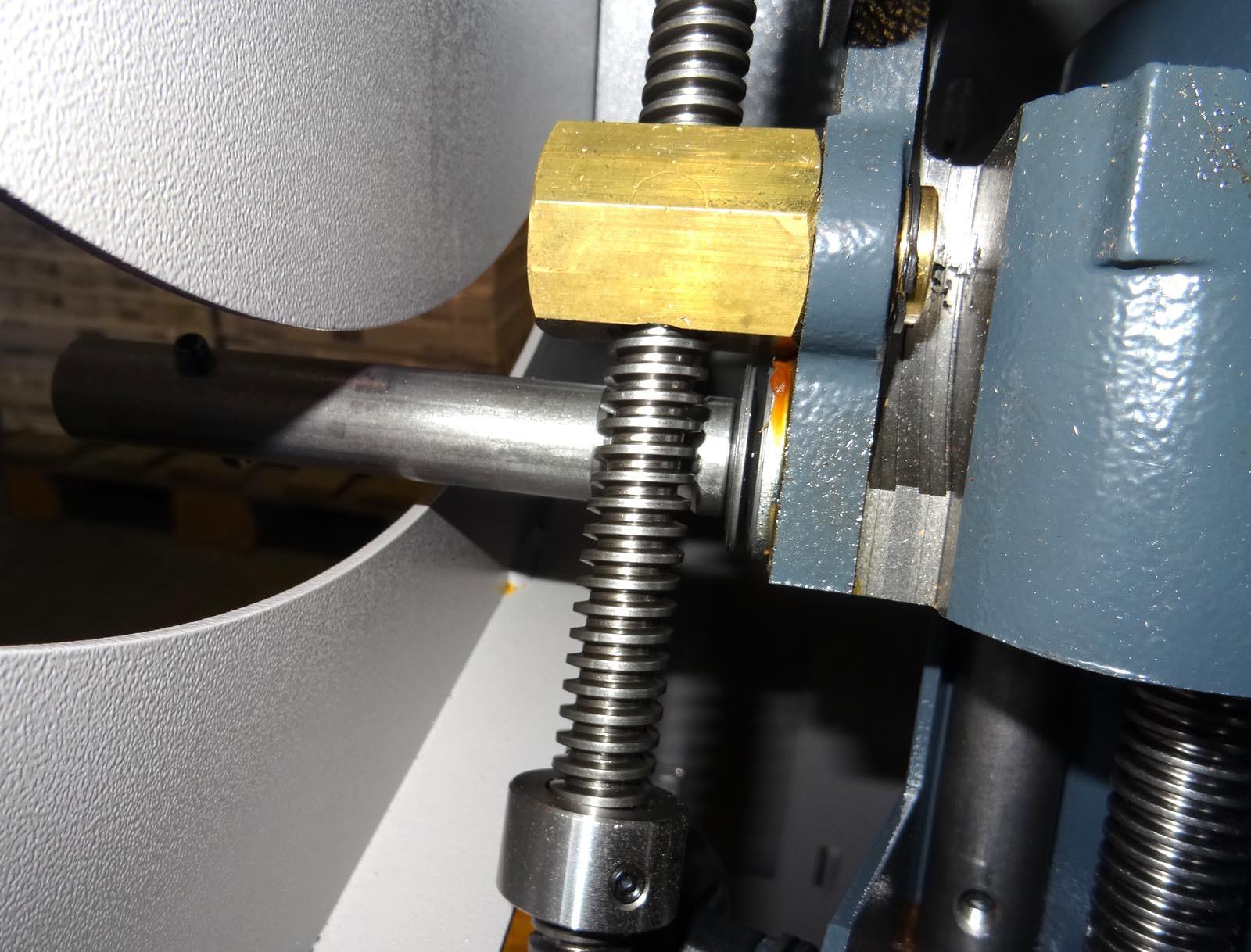 Une petite B3 pour l'atelier 813232DSC00044c1s