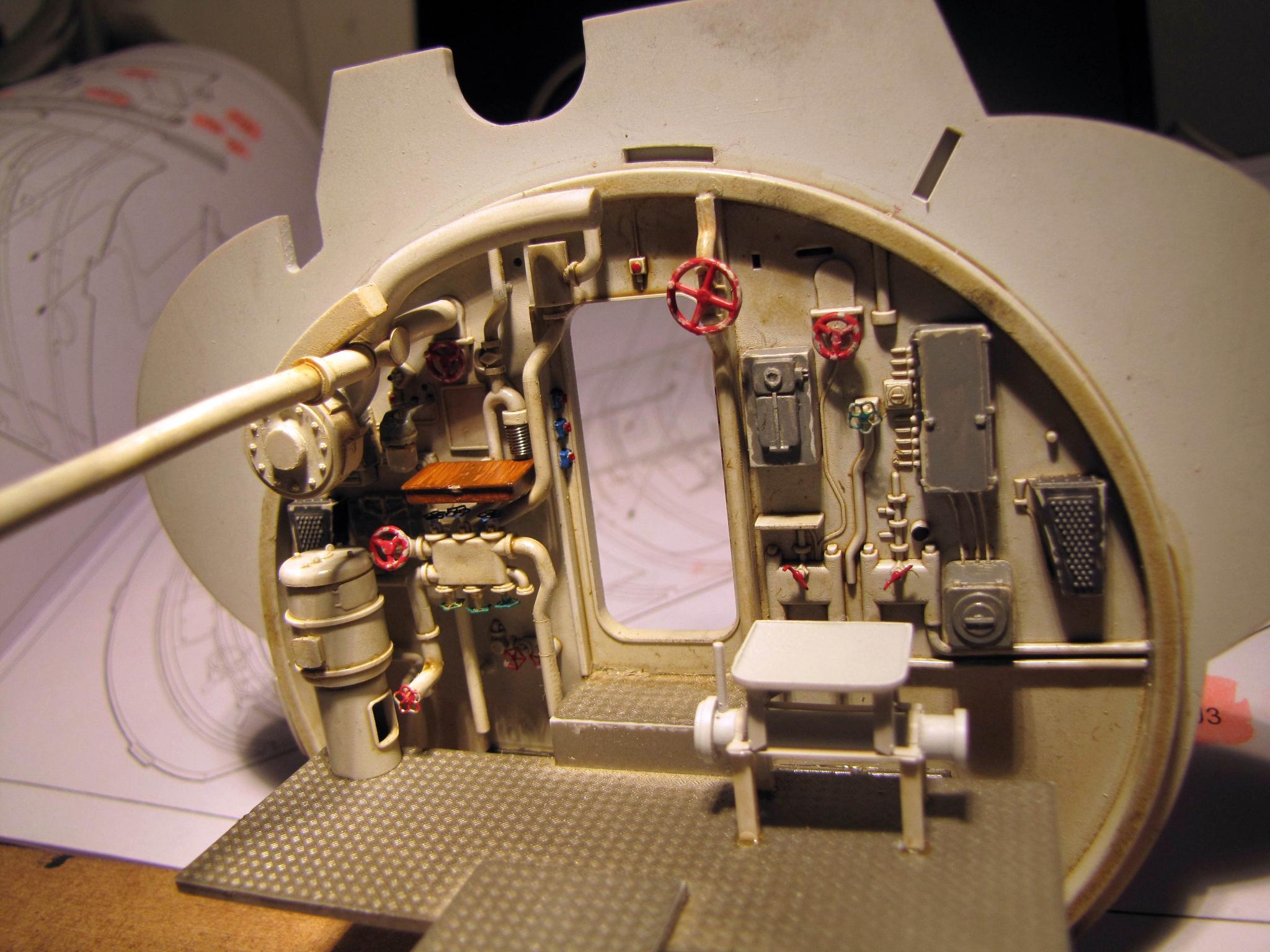 U-552 TRUMPETER Echelle 1/48 - Page 3 813965zzb