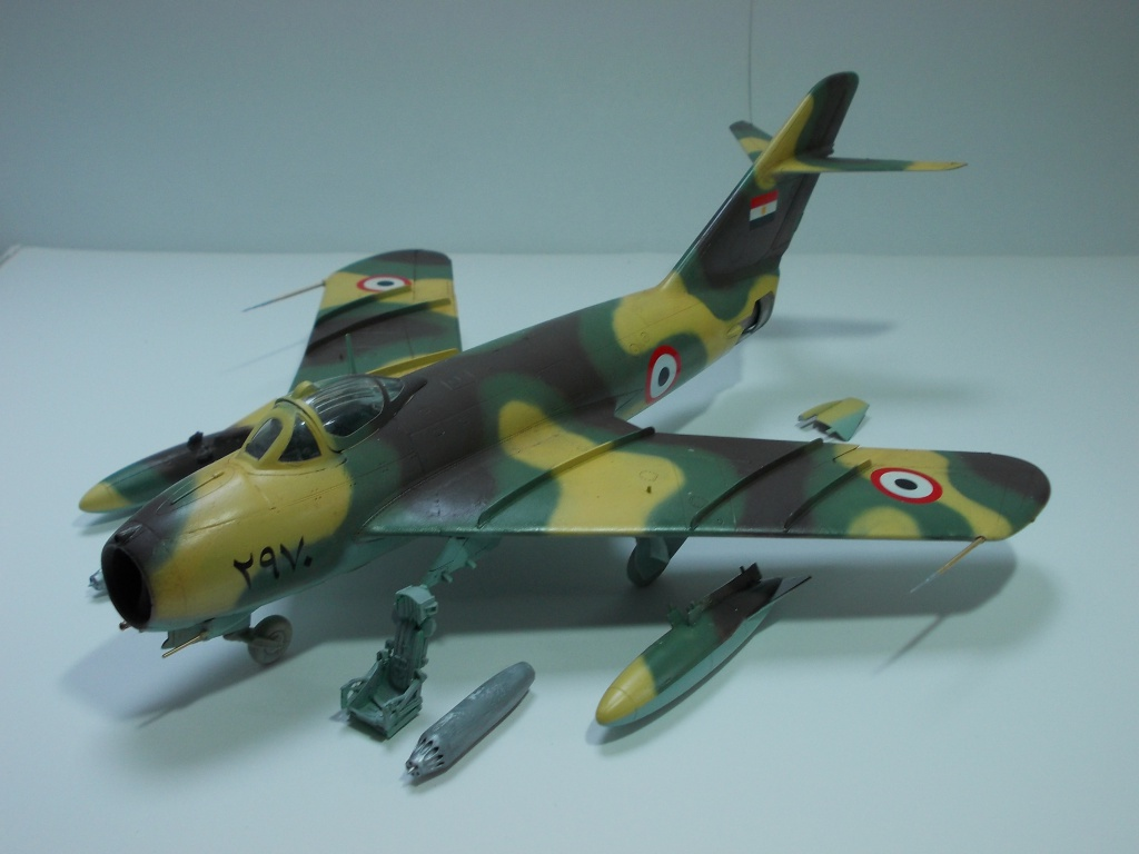 MiG-17 F Fresco C ( Hobby Boss 80334) 1/48 ... 81402116