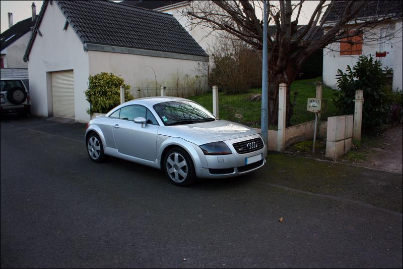 Zurma's mobile : Audi TT 225 Quattro. 8207457817