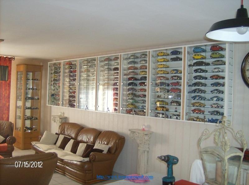 Voici ma collection de miniatures Renault  - Page 2 8240486204