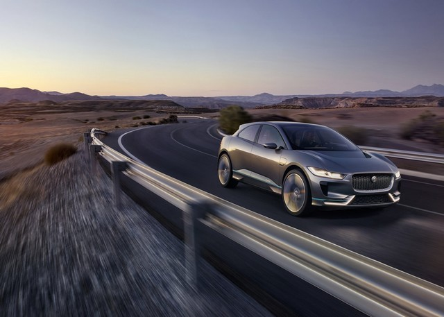 Jaguar Dévoile Le Concept I-PACE : Le SUV Électrique Performant 825341cropthumbnailjagipacelocation14111617