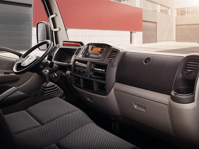 Le Nissan NT400 Cabstar Arrive 82963211606515