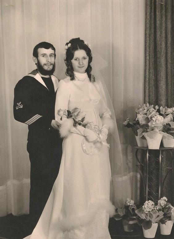 [Les traditions dans la Marine] Mariage en tenue - Page 5 830005notre11