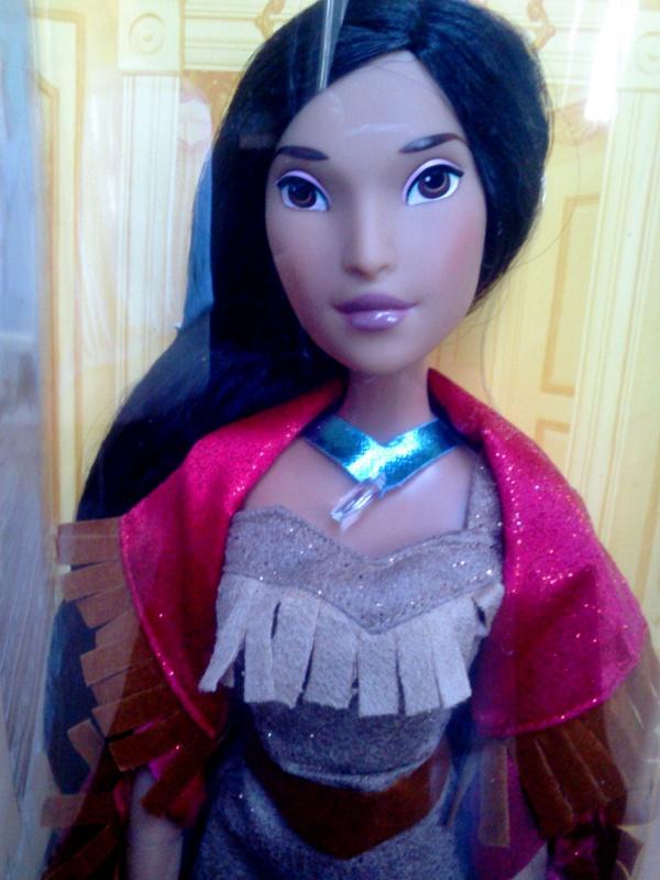 Disney Princesses Singing Dolls - Page 3 830144DSC0130