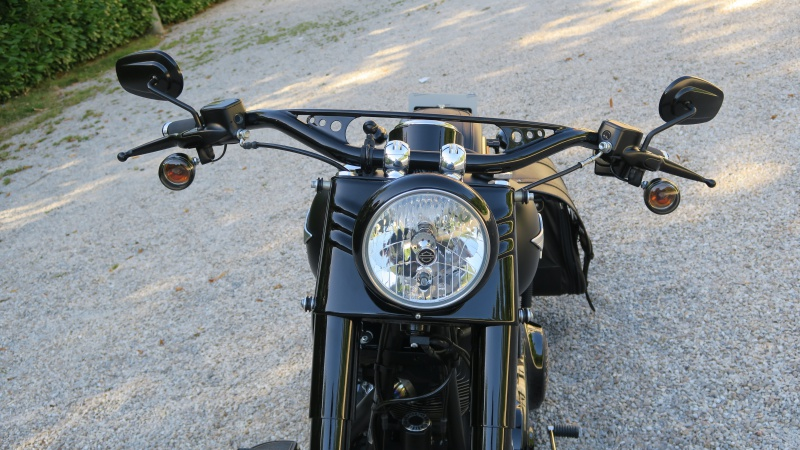 FATBOY S Changement de guidon - Page 3 830532IMG0506