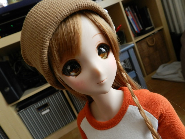Box opening Smart Doll Mirai 83053720141222134409