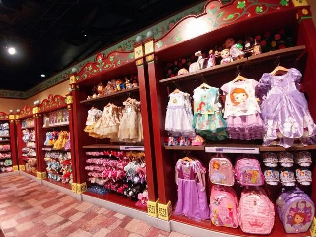 Hong Kong Disneyland Resort en général - le coin des petites infos - Page 11 830977w756